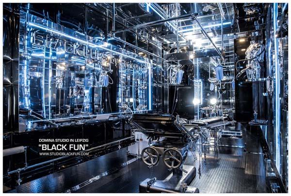 BLACK FUN